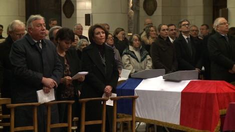 Neuwirth : l'Eglise de Paris avale la pilule