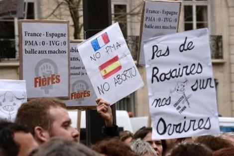 Des avorteurs français manifestent contre la loi espagnole