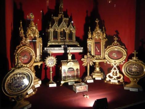 Reliques aux enchères en Normandie