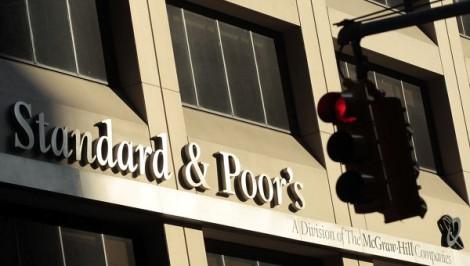 Standard and Poor's abaisse la note financière de la Russie