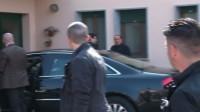 Grâce divine: Berlusconi sert l'intérêt général