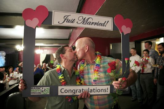 Oregon,Interdiction du « mariage » gay invalidée par un juge