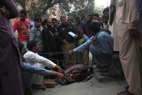 Pakistan: le premier ministre contre la tradition barbare