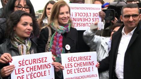 Les people parisiens exploitent l'esclavage nigérian