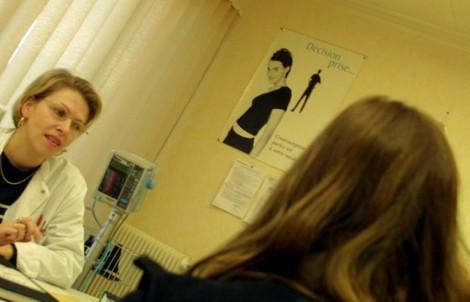 Sages-femmes avorteuses en Grande-Bretagne