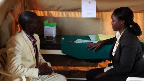 Circoncision contre le sida en Ouganda RITV Vidéo