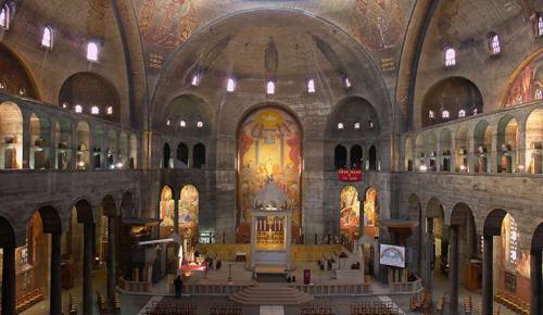 L'église du Saint-Esprit à Paris, perle de l'art chrétien du XXème