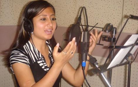 Conversion christianisme célébrité népalaise