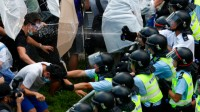 Hong Kong: tensions entre manifestants et gouvernement central