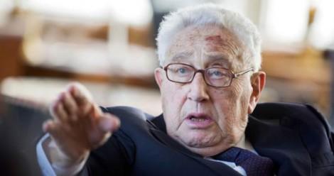 Kissinger dessine le Nouvel Ordre Mondial, Kerry appelle à la coalition globale