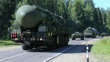 Manœuvres militaires russes et américaines vers l'Ukraine