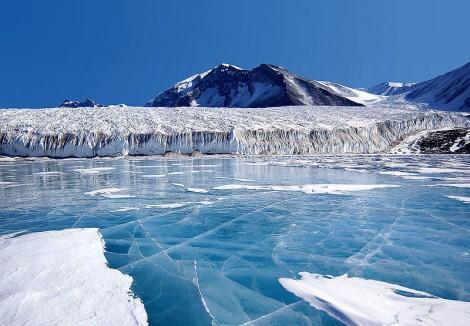 Rechauffement global Glaces Antarctique 2 millions de kilometres carre