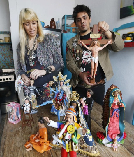 artistes barbies figures religieuses