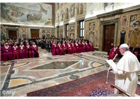commission simplifier procédures nullité mariage Pape François