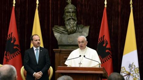 pape Francois Albanie liberte religieuse relativisme