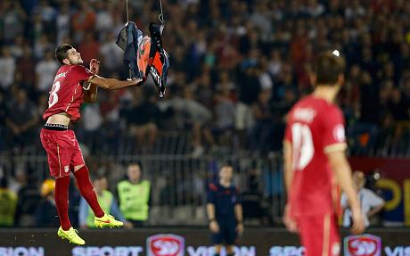 Bagarre generale match Serbie Albanie