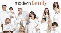 Les sitcoms ont joué un rôle de premier plan pour «normaliser» les LGBT