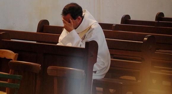Australie Rapport Catholique Prêtres pédophiles Célibat