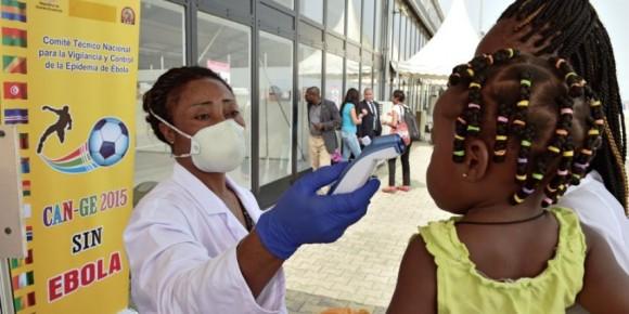 Ebola pente descendante