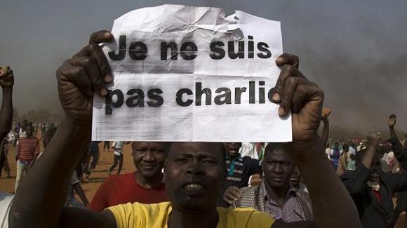 Niamey eglises brule emeutes
