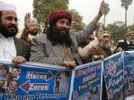 Pakistan : un imam fait honorer les frères Kouachi