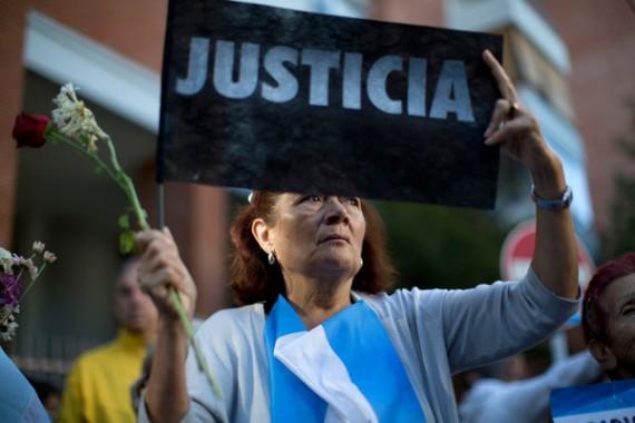 Argentine : un mandat d'arrêt contre la présidente Kirchner retrouvé chez le procureur Nisman