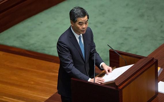 Hong Kong : CY Leung demande à la population de se conduire « comme des moutons »