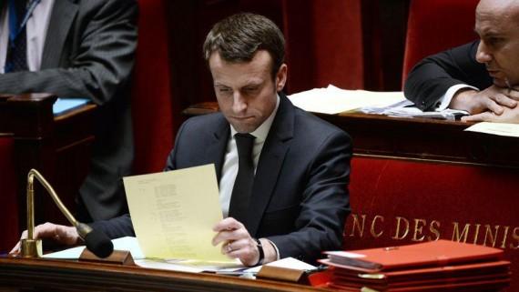 Macron et le travail dominical