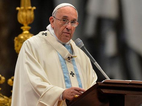 pape-Francois-cardinaux-Reintegrer-les-exclus-synode
