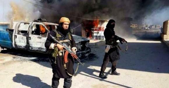personnes brulees vives Etat Islamique