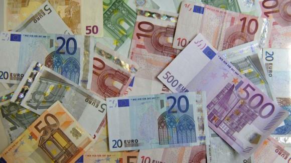 Gouvernement argent liquide lutter terrorisme