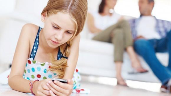 smartphones sante mentale enfants jeunes Julie Lynn Evans