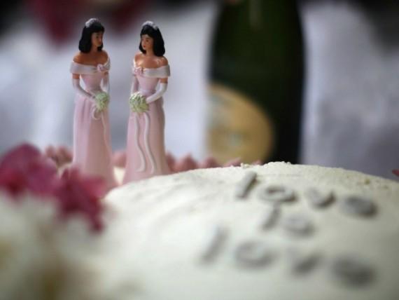 Oregon patissiers chretiens condamnes amende 135000 dollars lesbiennes