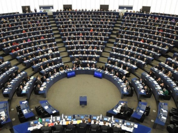 UE parlementaires 13 millions euros
