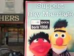 Ashers Bakery, condamné pour discrimination en Irlande du Nord pour avoir refusé de faire un gâteau de promotion du «mariage» gay