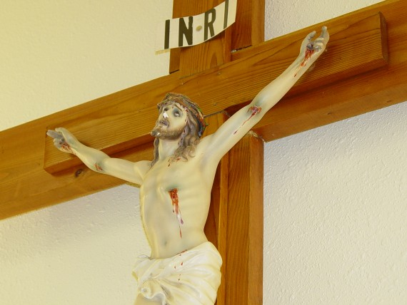 Etats-Unis crucifix empecher prieres musulmans universite catholique professeur