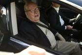 Marine Le Pen ne veut plus que son père parle au nom du Front national