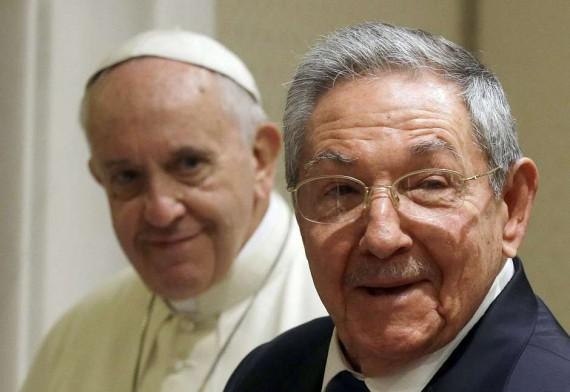 Raul Castro pape François revenir Eglise président Cuba communiste