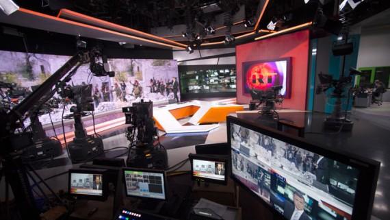 L'Union européenne prête à adopter un plan de lutte contre la «propagande» des médias russes comme RT et Sputnik