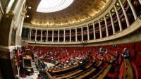 Loi Macron: Valls passe au forceps du 49.3