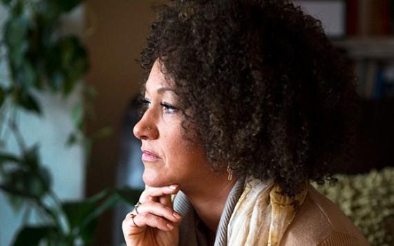 Transracisme Rachel Dolezal Blanche noire Afro-Americaine