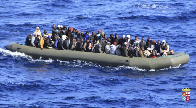 Naufrage migrants mourir Méditerranée