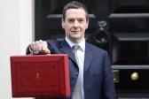 George Osborne présente le budget britannique: promesses aux «travailleurs» du Royaume-Uni et attaques contre les familles