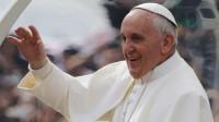 Le pape François chute dans les sondages américains, en raison de ses déclarations sur l'homosexualité et le réchauffement climatique