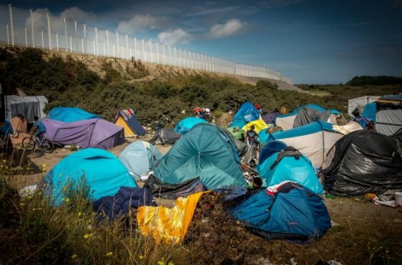Calais police djihadiste migrants
