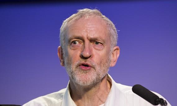 Jeremy Corbyn marxiser parti travailliste communistes trotskystes bienvenus