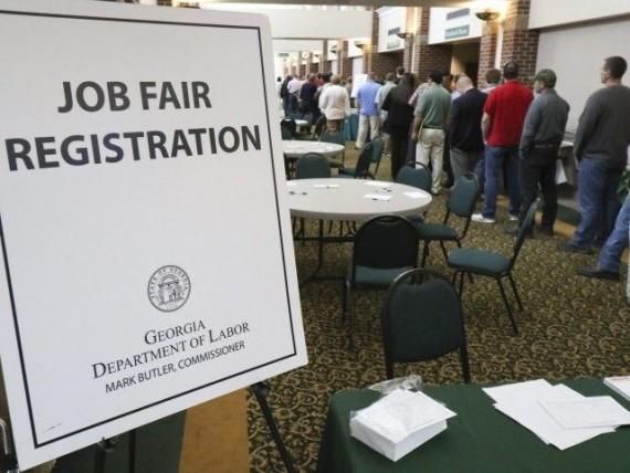 emplois attribués personnes nées étranger Etats-Unis