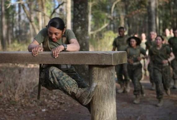femmes unites elite armee americaine
