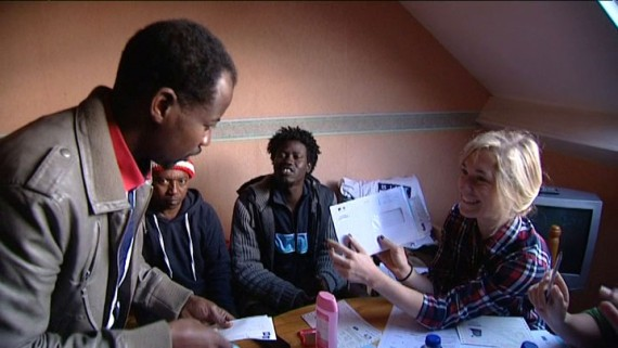 Migrants quitter Calais France
