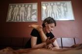 La NHS britannique, gravement endettée, finance le reiki, «thérapie spirituelle»
